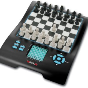 The Millennium Chess Master ll Chess Computer