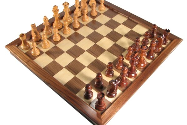 18″ Deluxe Walnut Folding Chess Set