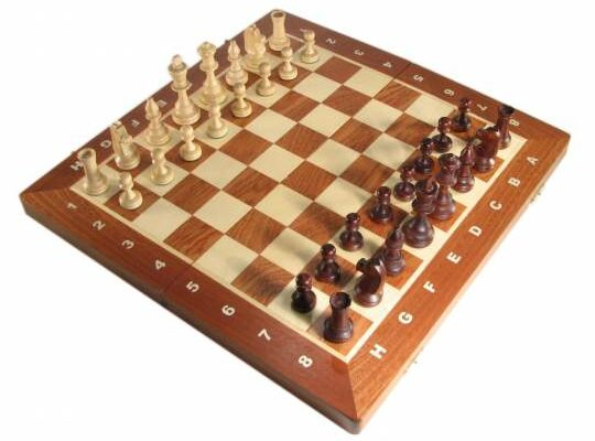 16″ Tournament Folding Chess Set